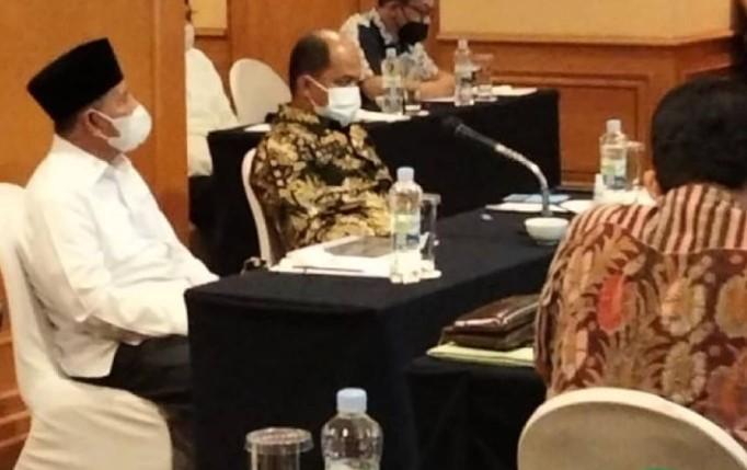 GUBERNUR MALUT HADIRI FINALISASI DRAFT KAWASAN KHSUSUS DENGAN TIM KEMENDAGRI