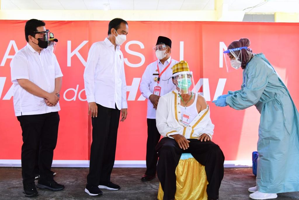 *Presiden Jokowi Pastikan Distribusi Vaksin Merata Hingga ke Pelosok*