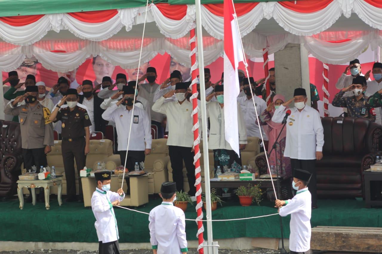 Peringati Upacara Hari Santri Nasional, Gubernur bakal berikan bantuan senilai 250 juta kepada pondok Pasantren Darul Fallah